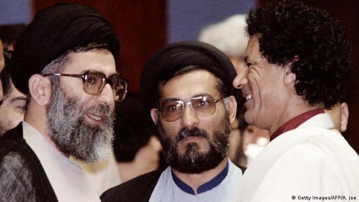 Simbabwe Ali Chamenei als Präsident 1986 mit Gaddafi (Getty Images/AFP/A. Joe)