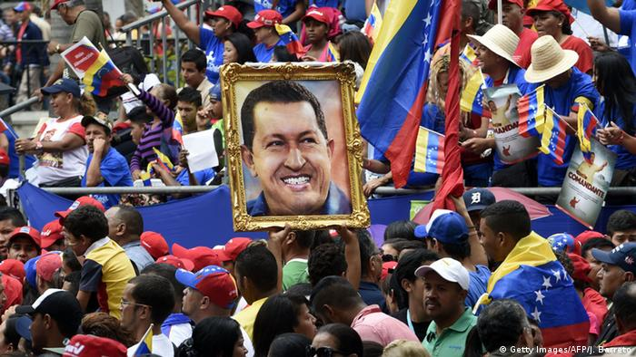 Venezuela Anhänger Hugo Chavez Kult (Getty Images/AFP/J. Barreto)