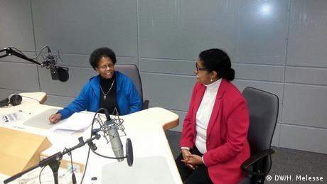 DW Amharische Redaktion Negat Ketma und Hirut Melesse im Studio Abschied