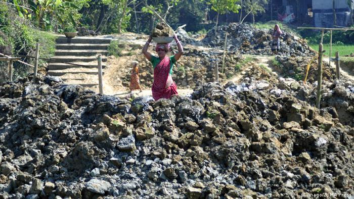 Indien Tripura Frauenarbeit Symbolbild Internationaler Frauentag