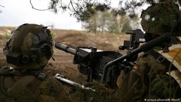 Deutschland Bundeswehr Manöver