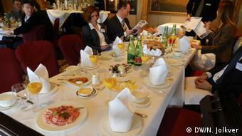 На завтраке в берлинском клубе Capital Club