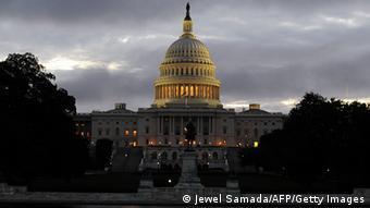 En EE. UU., los republicanos hacen uso de su mayoría en el Congreso para impedir el cierre de Guantánamo.