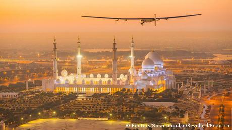 Abu Dhabi Solar Impulse 2 Weltumrundung Testflug