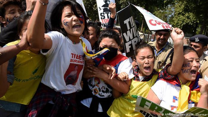Tibetan protesters in New Delhi