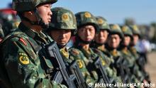 China Soldaten in der Xinjiang Provinz