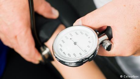 Blutdruckmessung (Colourbox)