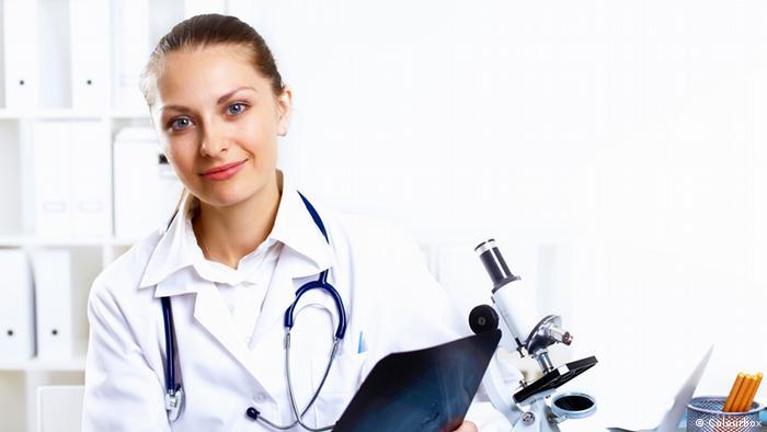 Arztbesuch Ärztin