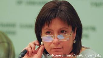 Наталя Яресько запеваняє, що наступного року українці побачать світло в кінці тунелю