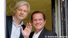 Julian Assange PK in der Botschaft von Ecuador
