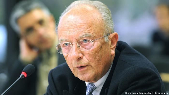 Rupert Scholz (picture-alliance/dpa/F. Kraufmann)