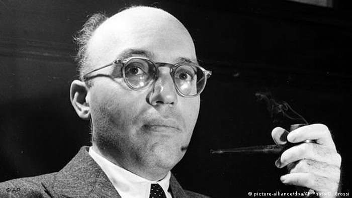 German Composer Kurt Weill. Copyright: AP Photo/Dan Grossi