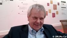 Informatik-Professor Werner Zorn, der in den 80er Jahren Deutschlands erste und auch Chinas erste Email ausgesendet hat. Er gilt einer der Internet-Pionier weltweit. Aufgenommen vom DW-Reporter Mu Cui, 15.Mrz.2015, Hannover / CeBIT.