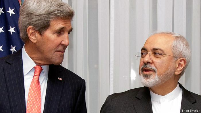 U.S. Secretary of State John Kerry and Iran's Foreign Minister Mohammad Javad Zarif in Lausanne March 16, 2015.