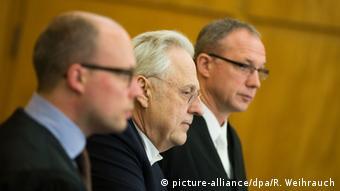Die Haftstrafe kommt nicht ganz überraschend: Achenbach hatte damit gerechnet (Foto: dpa)