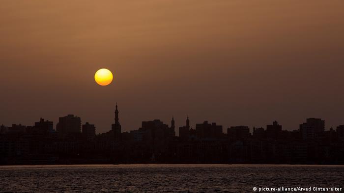 Zalazak sunca u Aleksandriji u Egiptu