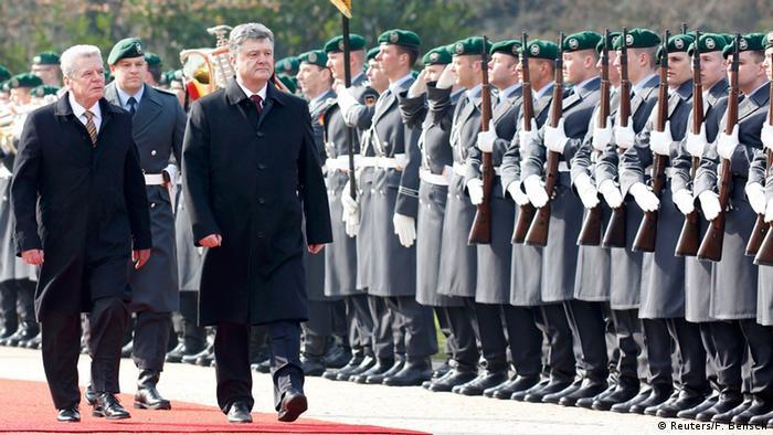 Deutschland Ukraine Poroschenko mit Gauck