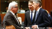 16.03.2015 * epa04664502 (L-R) German Foreign Minister Frank-Walter Steinmeier, Austrian Foreign Minister Sebastian Kurz, British Foreign Secretary Philip Hammond chat at the start of the European Foreign Affairs Council, in Brussels, Belgium, 16 March 2015. EPA/OLIVIER HOSLET