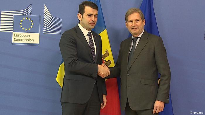 Comisarul Johannes Hahn şi Chiril Gaburici s-au întâlnit la Bruxelles în această primăvară