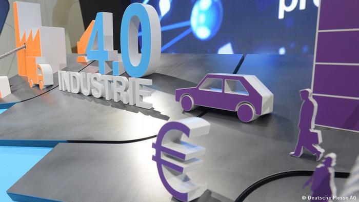 Symbolbild Industrie 4.0 auf der Computermesse Cebit