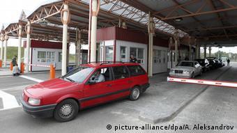 Машина на пограничном переходе Беларуси с Польшей