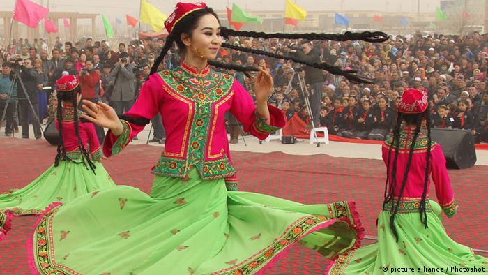 Das Neujahrsfest der Uiguren in China