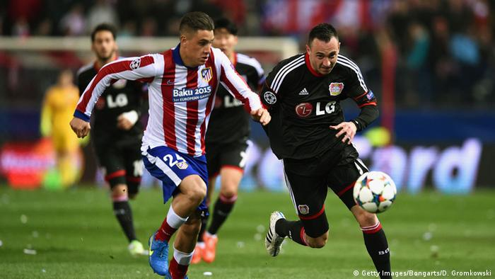 Champions League Atletico Madrid vs Bayer Leverkusen, Zweikampf (Foto: Dennis Grombkowski/Bongarts/Getty Images)