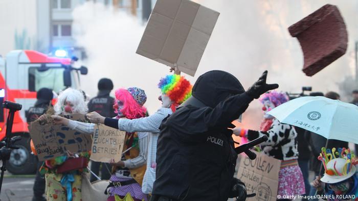 столкновения во Франкфуте