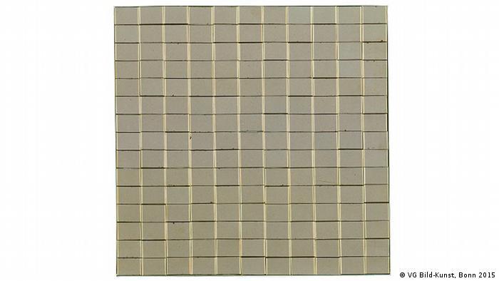 Peter Roehr, O.T. (OB-1), 1963, Streichholzschachteln auf Holz, 56,5 x 58 cm, Museum für Moderne Kunst Frankfurt am Main, Schenkung Paul Maenz, Berlin, Foto: Axel Schneider, Frankfurt am Main, © VG Bild-Kunst, Bonn 2015