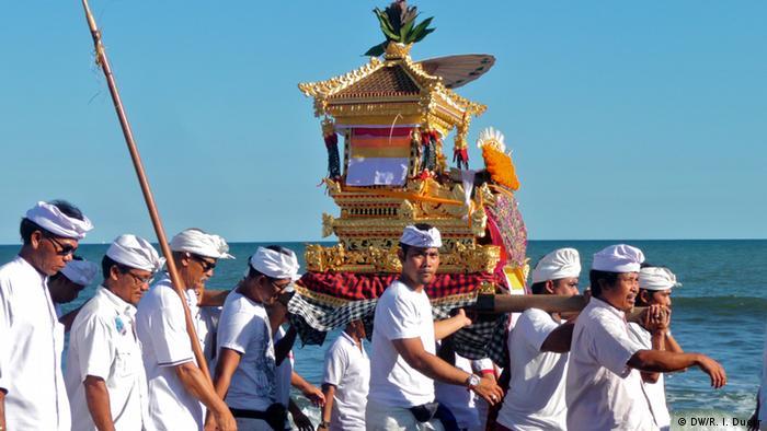 Balinesisches Hindu-Neujahrsfest Nyepi (Bildergalerie)