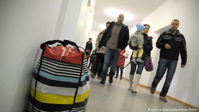 Symbolbild Bundesländer rechnen mit mehr Asylbewerbern