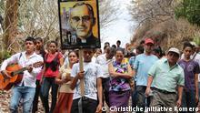 Gedenkmarsch für den ermordeten Erzbischof Oscar Romero