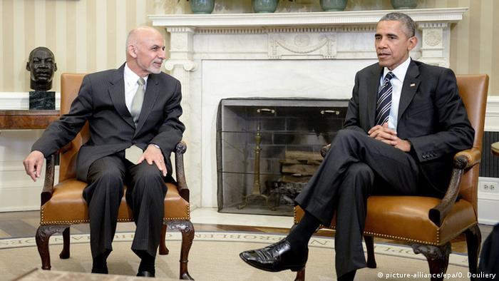 Obama adia planos de retirar tropas americanas do Afeganistão