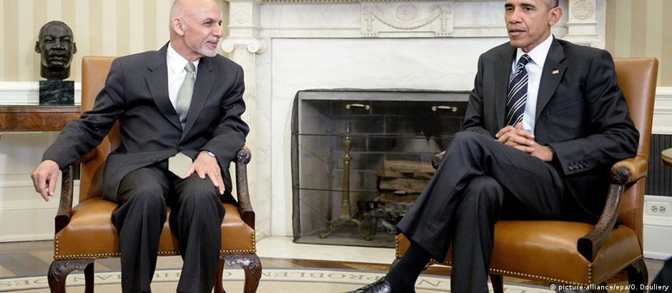 Ghani pediu a Obama que adiasse retirada de tropas do Afeganistão