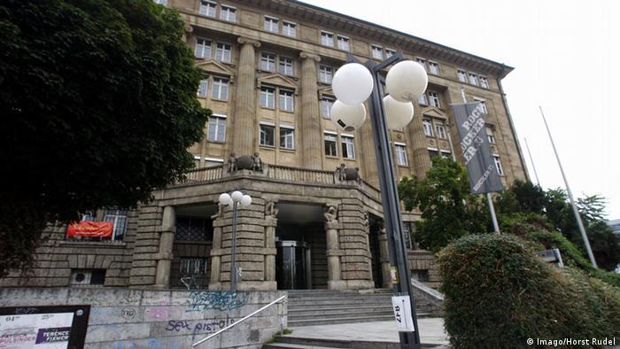Universitätsgebäude der Universität Stuttgart