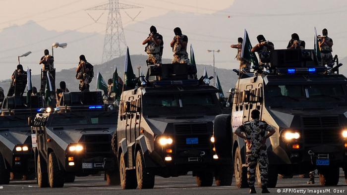 Saudi-Arabien Soldaten bei einer Militärparade