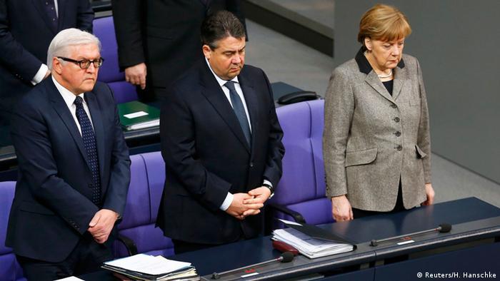 Deutschland Schweigeminute im Bundestag Berlin Absturz Germanwings A320