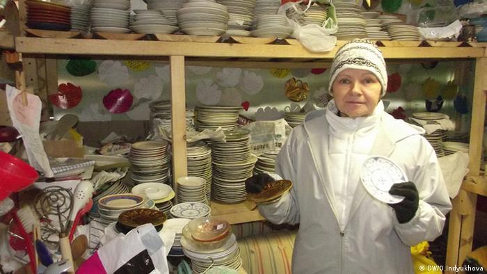 Посуда для беженцев в киевском центре Каждый может помочь