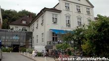 Das Hotel Kieler Yacht Club am Donnerstag (21.06.2007) in Kiel. ThyssenKrupp hat das Clubhaus des Kieler Yacht Clubs (KYC) mit dem dazugehörigen Hotel erworben. Das seit langem eng mit dem Industriestandort Kiel verbundende Unternehmen zahlt für die Immobilie 2,4 Millionen Euro. Foto: Horst Pfeiffer dpa/lno +++(c) dpa - Report+++