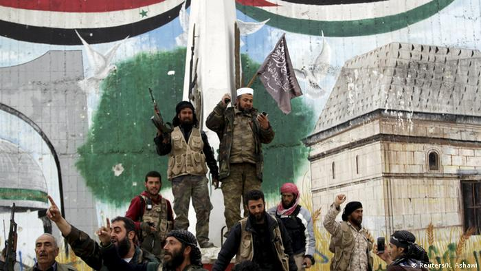 Islamisten rücken in die nordsyrische Stadt Ilbid ein (Foto: Reuters)