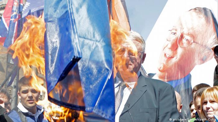 Der serbische Nationalist Vojislav Šešelj (Foto: EPA/ANDREJ CUKIC )