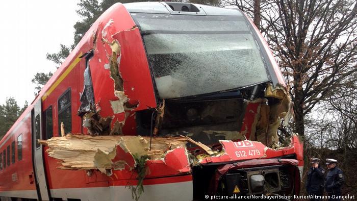 Ураган Ніклас спричинив аварію на залізниці в Баварії