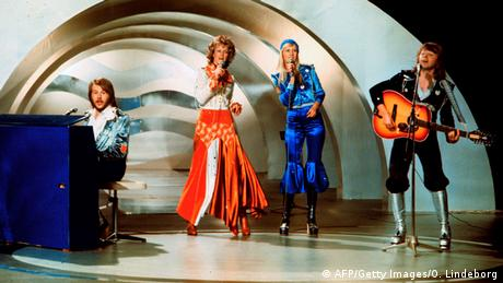 Abba performing at the Grand Prix d'Eurovison de la Chanson 1974