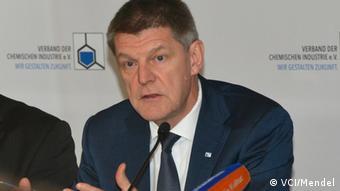 Utz Tillmann vom Verband der Chemischen Industrie in Deutschland (VCI)