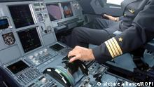 Archive file of the cockpit of an Airbus A320 passenger plane Italy Keine Weitergabe an Drittverwerter.