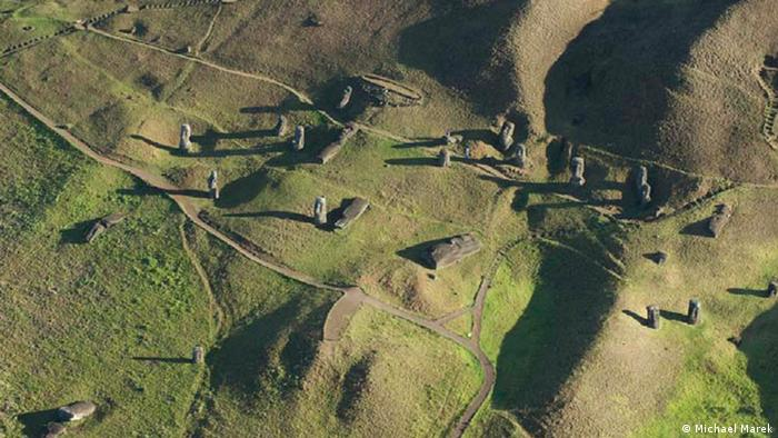 Moai on Easter Island (Photo: Michael Marek)