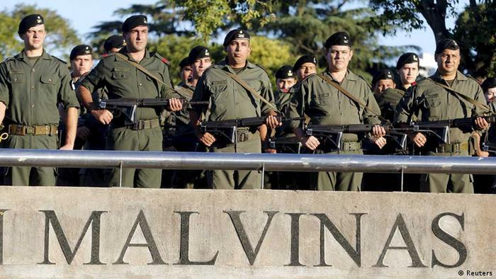 Argentinische Soldaten Gedenken dem Falklandkrieg
