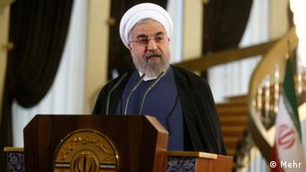 روحانی: دامنه تحریمها، آب و نان مردم را هم فرا گرفته است