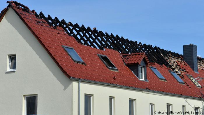 Brand in zukünftiger Asylbewerberunterkunft in Tröglitz
