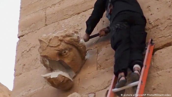 Zerstörung in der antiken Stadt Al-Hadra (Foto: AP)